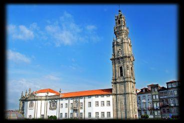 Vitoria-Igreja_e_Torre_dos_Clérigos