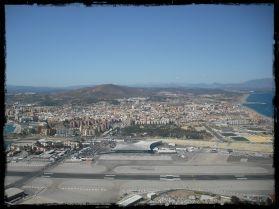 Vista da cidade do cimo da montanha.JPG