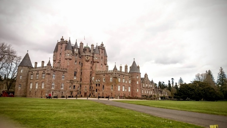 Glamis Castle 2